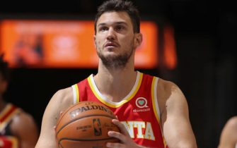 MEMPHIS, TN - DECEMBER 19: Danilo Gallinari #8 of the Atlanta Hawks shoots a free throw during a preseason game against the Memphis Grizzlies on December 19, 2020 at FedExForum in Memphis, Tennessee. NOTE TO USER: User expressly acknowledges and agrees that, by downloading and or using this photograph, User is consenting to the terms and conditions of the Getty Images License Agreement. Mandatory Copyright Notice: Copyright 2020 NBAE (Photo by Joe Murphy/NBAE via Getty Images)