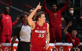 MIAMI, FL - DECEMBER 25: Duncan Robinson #55 of the Miami Heat celebrates a three point shot during the game against the New Orleans Pelicans on December 25, 2020 at American Airlines Arena in Miami, Florida. NOTE TO USER: User expressly acknowledges and agrees that, by downloading and or using this Photograph, user is consenting to the terms and conditions of the Getty Images License Agreement. Mandatory Copyright Notice: Copyright 2020 NBAE (Photo by Issac Baldizon/NBAE via Getty Images)