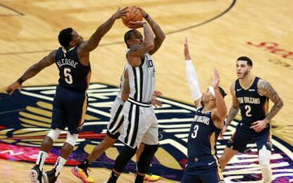 Bledsoe stoppa DeRozan e decide Pelicans-Spurs