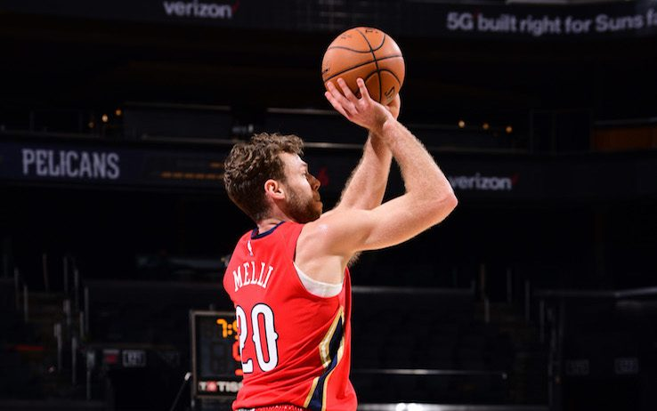 NBA – I Phoenix Suns schiacciano i New Orleans Pelicans di Nicolò Melli