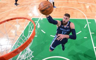 BOSTON, MA - DECEMBER 30: Jonas Valanciunas #17 of the Memphis Grizzlies shoots the ball during the game against the Boston Celtics on December 30, 2020 at the TD Garden in Boston, Massachusetts.  NOTE TO USER: User expressly acknowledges and agrees that, by downloading and or using this photograph, User is consenting to the terms and conditions of the Getty Images License Agreement. Mandatory Copyright Notice: Copyright 2020 NBAE  (Photo by Brian Babineau/NBAE via Getty Images)