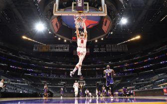 LOS ANGELES, CA - JANUARY 8: Zach LaVine #8 of the Chicago Bulls dunks the ball during the game against the Los Angeles Lakers on January 8, 2021 at STAPLES Center in Los Angeles, California. NOTE TO USER: User expressly acknowledges and agrees that, by downloading and/or using this Photograph, user is consenting to the terms and conditions of the Getty Images License Agreement. Mandatory Copyright Notice: Copyright 2021 NBAE (Photo by Adam Pantozzi/NBAE via Getty Images)