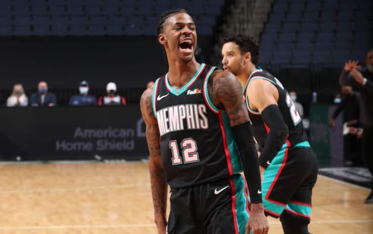 NBA – I risultati del 16 gennaio: torna Morant e Memphis piega Phila, Detroit travolge Miami, super Lillard!