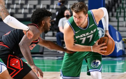 Doncic tripla doppia in 3 quarti, ma vince Chicago