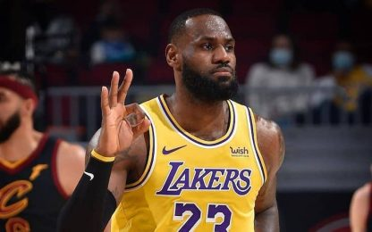 LeBron show davanti a 2.000 fan: 46 punti! VIDEO