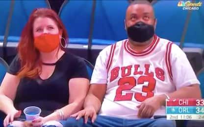 All'arena con il 23 fake di Jordan: diventa virale