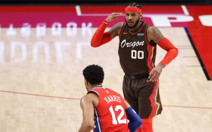 Melo Anthony on fire, Phila ko; altri 40 per Curry