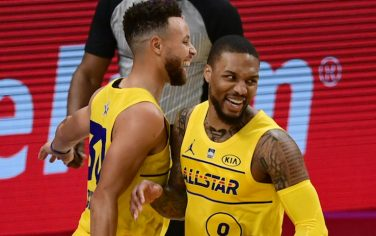 ATLANTA, GA - MARCH 7: Damian Lillard #0, Chris Paul #3, Stephen Curry #30 of Team LeBron celebrate during the 70th NBA All Star Game as part of 2021 NBA All Star Weekend on March 7, 2021 at State Farm Arena in Atlanta, Georgia. NOTE TO USER: User expressly acknowledges and agrees that, by downloading and or using this photograph, User is consenting to the terms and conditions of the Getty Images License Agreement. Mandatory Copyright Notice: Copyright 2021 NBAE (Photo by Adam Hagy/NBAE via Getty Images)