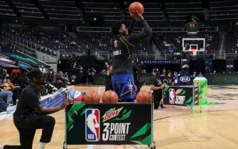 ATLANTA, GA - MARCH 7: Donovan Mitchell #45 of Team Durant shoots the ball during the MTN DEW 3-Point Contest as part of 2021 NBA All Star Weekend on March 7, 2021 at State Farm Arena in Atlanta, Georgia. NOTE TO USER: User expressly acknowledges and agrees that, by downloading and or using this photograph, User is consenting to the terms and conditions of the Getty Images License Agreement. Mandatory Copyright Notice: Copyright 2021 NBAE (Photo by Nathaniel S. Butler/NBAE via Getty Images)