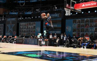 ATLANTA, GA - MARCH 7: Obi Toppin #1 of the New York Knicks dunks the ball during the AT&T Slam Dunk Contest as part of 2021 NBA All Star Weekend on March 7, 2021 at State Farm Arena in Atlanta, Georgia. NOTE TO USER: User expressly acknowledges and agrees that, by downloading and or using this photograph, User is consenting to the terms and conditions of the Getty Images License Agreement. Mandatory Copyright Notice: Copyright 2021 NBAE (Photo by Nathaniel S. Butler/NBAE via Getty Images)