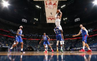 NEW ORLEANS, LA - MARCH 14: Jaxson Hayes #10 of the New Orleans Pelicans dunks the ball during the game against the LA Clippers on March 14, 2021 at the Smoothie King Center in New Orleans, Louisiana. NOTE TO USER: User expressly acknowledges and agrees that, by downloading and or using this Photograph, user is consenting to the terms and conditions of the Getty Images License Agreement. Mandatory Copyright Notice: Copyright 2021 NBAE (Photo by Layne Murdoch Jr./NBAE via Getty Images)