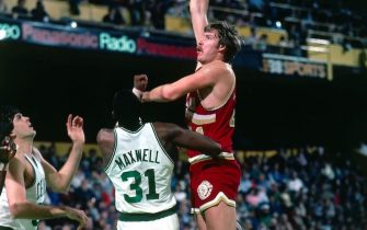 BOSTON - 1983:  Steve Hayes #41 of the Cleveland Cavaliers shoots against Cedric Maxwell #31 of the Boston Celtics during a game played in 1983 at the Boston Garden in Boston, Massachusetts. NOTE TO USER: User expressly acknowledges and agrees that, by downloading and or using this photograph, User is consenting to the terms and conditions of the Getty Images License Agreement. Mandatory Copyright Notice: Copyright 1983 NBAE (Photo by Dick Raphael/NBAE via Getty Images)