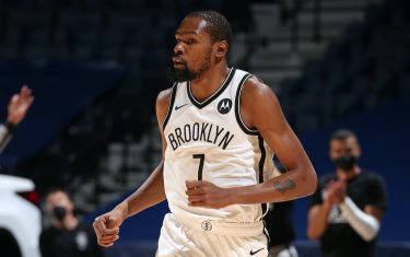 MINNEAPOLIS, MN - APRIL 13: Kevin Durant #7 of the Brooklyn Nets runs up court against the Minnesota Timberwolves on April 13, 2021 at Target Center in Minneapolis, Minnesota. NOTE TO USER: User expressly acknowledges and agrees that, by downloading and or using this Photograph, user is consenting to the terms and conditions of the Getty Images License Agreement. Mandatory Copyright Notice: Copyright 2021 NBAE (Photo by David Sherman/NBAE via Getty Images)