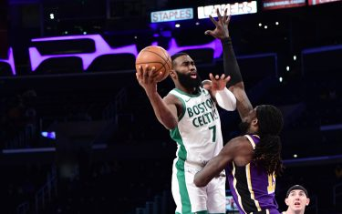 LOS ANGELES, CA - APRIL 15: Jaylen Brown #7 of the Boston Celtics shoots the ball during the game against the Los Angeles Lakers on April 15, 2021 at STAPLES Center in Los Angeles, California. NOTE TO USER: User expressly acknowledges and agrees that, by downloading and/or using this Photograph, user is consenting to the terms and conditions of the Getty Images License Agreement. Mandatory Copyright Notice: Copyright 2021 NBAE (Photo by Adam Pantozzi/NBAE via Getty Images)