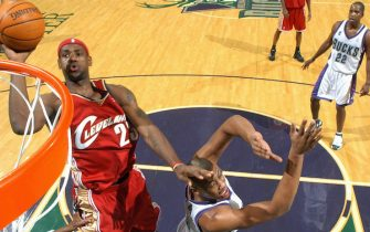 MILWAUKEE, WI - DECEMBER 10:  LeBron James #23 of the Cleveland Cavaliers shoots a layup during the game with the Milwaukee Bucks on December 10, 2005 at the Bradley Center in Milwaukee, Wisconsin. The Bucks won 111-106. NOTE TO USER: User expressly acknowledges and agrees that, by downloading and/or using this photograph, user is consenting to the terms and conditions of the Getty Images License Agreement.  Mandatory Copyright Notice: Copyright 2005 NBAE (Photo by Garrett W. Ellwood/NBAE via Getty Images) *** Local Caption *** LeBron James