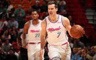 MIAMI, FL - JANUARY 25:   Goran Dragic #7 of the Miami Heat handles the ball against the Sacramento Kings on January 25, 2018 at AmericanAirlines Arena in Miami, Florida. NOTE TO USER: User expressly acknowledges and agrees that, by downloading and or using this Photograph, user is consenting to the terms and conditions of the Getty Images License Agreement. Mandatory Copyright Notice: Copyright 2018 NBAE (Photo by Issac Baldizon/NBAE via Getty Images)