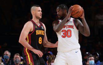 NEW YORK, NY - MAY 23: Danilo Gallinari #8 of the Atlanta Hawks plays defense on Julius Randle #30 of the New York Knicks during Round 1, Game 1 of the 2021 NBA Playoffs on May 23, 2021 at Madison Square Garden in New York City, New York.  NOTE TO USER: User expressly acknowledges and agrees that, by downloading and or using this photograph, User is consenting to the terms and conditions of the Getty Images License Agreement. Mandatory Copyright Notice: Copyright 2021 NBAE  (Photo by Nathaniel S. Butler/NBAE via Getty Images)