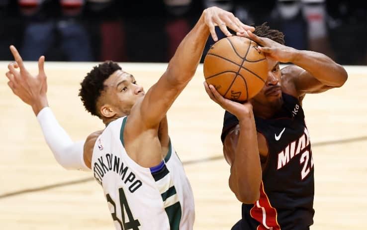 NBA PLAYOFF – Prima serie chiusa. Milwaukee spazza via Miami 4-0 e vola in semifinale