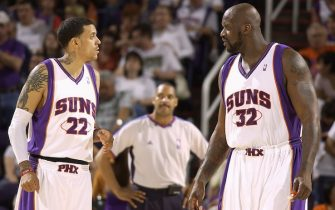 PHOENIX - MARCH 21:  (L-R) Matt Barnes #22 of the Phoenix Suns talks to teammate Shaquille O'Neal #32 against the Washington Wizards on March 21, 2009 at US Airways Center in Phoenix, Arizona.  The Suns won 128-96.  NOTE TO USER: User expressly acknowledges and agrees that, by downloading and/or using this Photograph, user is consenting to the terms and conditions of the Getty Images License Agreement. Mandatory Copyright Notice: Copyright 2009 NBAE  (Photo by Barry Gossage/NBAE via Getty Images)