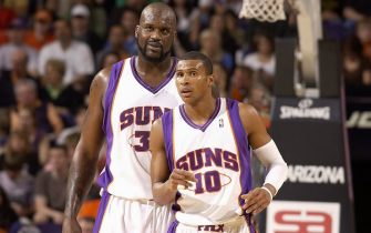 PHOENIX - MARCH 10:  (L-R) Shaquille O'Neal #32 and Leandro Barbosa #10 of the Phoenix Suns look up court during the game against the Dallas Mavericks on March 10, 2009 at US Airways Center in Phoenix, Arizona.  The Mavericks won 122-117.  NOTE TO USER: User expressly acknowledges and agrees that, by downloading and/or using this Photograph, user is consenting to the terms and conditions of the Getty Images License Agreement. Mandatory Copyright Notice: Copyright 2009 NBAE  (Photo by Barry Gossage/NBAE via Getty Images)