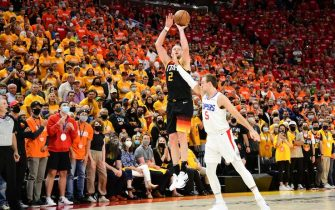 SALT LAKE CITY, UT - JUNE 10: Joe Ingles #2 of the Utah Jazz shoots a three point basket during the game against the LA Clippers during Round 2, Game 2 of the 2021 NBA Playoffs on June 10, 2021 at vivint.SmartHome Arena in Salt Lake City, Utah. NOTE TO USER: User expressly acknowledges and agrees that, by downloading and or using this Photograph, User is consenting to the terms and conditions of the Getty Images License Agreement. Mandatory Copyright Notice: Copyright 2021 NBAE (Photo by Adam Pantozzi/NBAE via Getty Images)