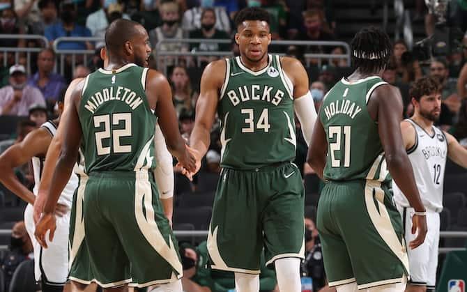 NBA PLAYOFF – I Bucks riaprono la serie, Mitchell fa volare Utah sul 2-0