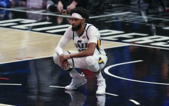 LOS ANGELES, CA - JUNE 18:  Utah Jazz guard Mike Conley (10) during game 6 of the second round of the Western Conference Playoffs between the Utah Jazz and the Los Angeles Clippers on June 18, 2021, at Staples Center in Los Angeles, CA. (Photo by Jevone Moore/Icon Sportswire via Getty Images)