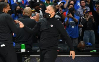 LOS ANGELES, CA - JUNE 18: Head Coach Tyronn Lue of the Los Angeles Clippers celebrates during the game against the Utah Jazz during Round 2, Game 6 of the 2021 NBA Playoffs on June 18, 2021 at STAPLES Center in Los Angeles, California. NOTE TO USER: User expressly acknowledges and agrees that, by downloading and/or using this Photograph, user is consenting to the terms and conditions of the Getty Images License Agreement. Mandatory Copyright Notice: Copyright 2021 NBAE (Photo by Andrew D. Bernstein/NBAE via Getty Images)