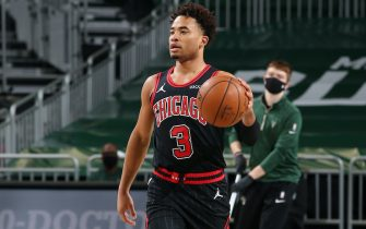 CHICAGO, IL - JANUARY 1: Devon Dotson #3 of the Chicago Bulls dribbles the ball during the game against the Milwaukee Bucks on January 1, 2021 at the United Center in Chicago, Illinois. NOTE TO USER: User expressly acknowledges and agrees that, by downloading and or using this photograph, user is consenting to the terms and conditions of the Getty Images License Agreement.  Mandatory Copyright Notice: Copyright 2021 NBAE (Photo by Gary Dineen/NBAE via Getty Images)