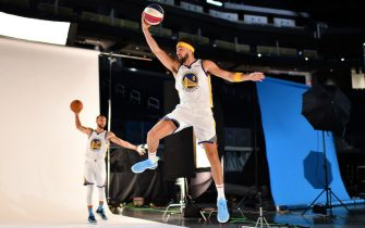 """SAN FRANCISCO, CA -  SEPT. 27: Golden State Warriors""""u2019 Klay Thompson (11) photobombs teammate Stephen Curry (30) during his photo session at media day at Chase Center in San Francisco, Calif., on Friday, May 21, 2021. (Photo by Jose Carlos Fajardo/MediaNews Group/East Bay Times via Getty Images)"""