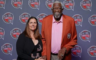 UNCASVILLE, CT - SEPTEMBER 10: Bill Russell and his wife, Jeannine Russell pose for a portrait during the Class of 2021 Tip-Off Celebration and Awards Gala as part of the 2021 Basketball Hall of Fame Enshrinement Ceremony on September 10, 2021 at the Mohegan Sun Arena at Mohegan Sun in Uncasville, Connecticut. NOTE TO USER: User expressly acknowledges and agrees that, by downloading and/or using this photograph, user is consenting to the terms and conditions of the Getty Images License Agreement. Mandatory Copyright Notice: Copyright 2021 NBAE (Photo by Nathaniel S. Butler/NBAE via Getty Images)
