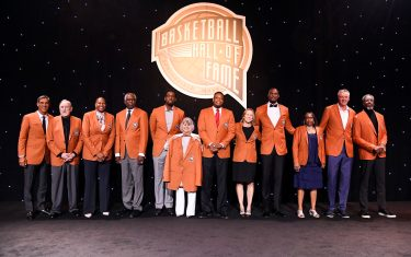 UNCASVILLE, CT - SEPTEMBER 10: The 2021 Hall of Fame Class poses for a portrait during the Class of 2021 Tip-Off Celebration and Awards Gala as part of the 2021 Basketball Hall of Fame Enshrinement Ceremony on September 10, 2021 at the Mohegan Sun Arena at Mohegan Sun in Uncasville, Connecticut. NOTE TO USER: User expressly acknowledges and agrees that, by downloading and/or using this photograph, user is consenting to the terms and conditions of the Getty Images License Agreement. Mandatory Copyright Notice: Copyright 2021 NBAE (Photo by Brian Babineau/NBAE via Getty Images)