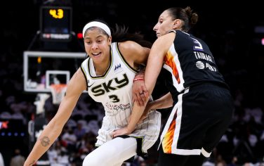 PHOENIX, ARIZONA - OCTOBER 10: Candace Parker #3 of the Chicago Sky drives to the basket against Diana Taurasi #3 of the Phoenix Mercury in the second half at Footprint Center on October 10, 2021 in Phoenix, Arizona. NOTE TO USER: User expressly acknowledges and agrees that,  by downloading and or using this photograph,  User is consenting to the terms and conditions of the Getty Images License Agreement. (Photo by Mike Mattina/Getty Images)