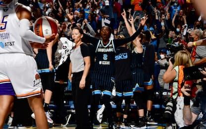 Finali WNBA: Chicago batte Phoenix, serie sul 2-1