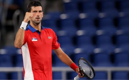 Djokovic batte Nishikori: in semifinale c'è Zverev