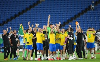 Oro olimpico al Brasile: 44° trofeo per Dani Alves