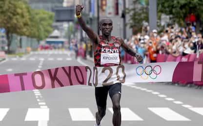 'Marziano' Kipchoge: bis olimpico nella maratona