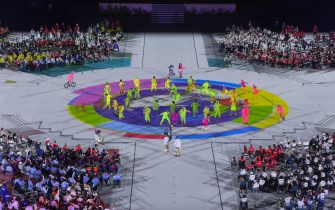 epa09449061 Artists perform during the closing ceremony of the Tokyo 2020 Paralympic Games in the Olympic Stadium in Tokyo, Japan, 05 September 2021.  EPA/Szilard Koszticsak HUNGARY OUT