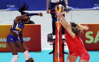 (180929) -- SAPPORO, Sept. 29, 2018 (Xinhua) -- Paola Ogechi Egonu (L) of Italy spikes the ball during the Pool B match against Bulgaria at the FIVB Women's World Championship Japan 2018 in Sapporo, Japan, Sept. 29, 2018. Italy won 3-0. (Xinhua/Du Xiaoyi)  (Photo by Xinhua/Sipa USA)