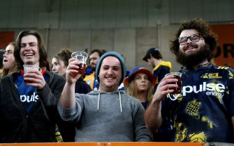 DUNEDIN, NEW ZEALAND - JUNE 13: Highlanders fans show their support during the round 1 Super Rugby Aotearoa match between the Highlanders and Chiefs at Forsyth Barr Stadium on June 13, 2020 in Dunedin, New Zealand. (Photo by Dianne Manson/Getty Images)