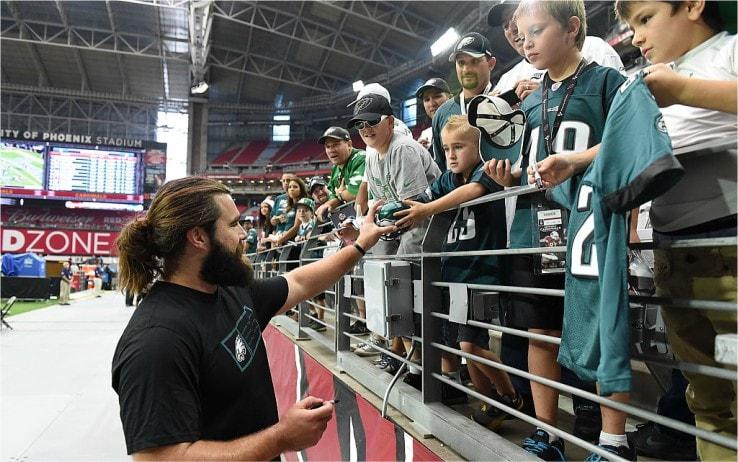 Jason Kelce coi tifosi degli Eagles