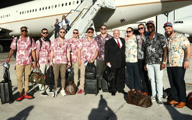 Reid e i Chiefs prima della partenza per Miami