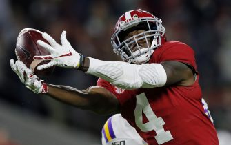 TUSCALOOSA, ALABAMA - NOVEMBER 09: Jerry Jeudy #4 of the Alabama Crimson Tide is unable to catch a deep pass during the second half against the LSU Tigers in the game at Bryant-Denny Stadium on November 09, 2019 in Tuscaloosa, Alabama. (Photo by Kevin C. Cox/Getty Images)