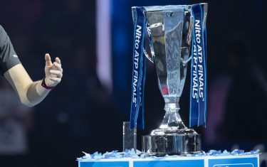 LONDON, ENGLAND - NOVEMBER 18:   Alexander Zverev of Germany celebrates victory with the trophy following the singles final against Novak Djokovic of Serbia during Day Eight of the Nitto ATP Finals at The O2 Arena on November 18, 2018 in London, England.  (Photo by Fred Lee/Getty Images)