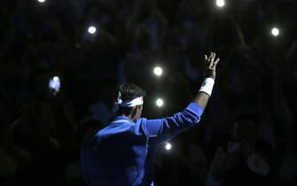 SANTIAGO, CHILE - NOVEMBER 19: Roger Federer of Switzerland waves fans during an exhibition game between Roger Federer and Alexander Zverev at Movistar Arena on November 19, 2019 in Santiago, Chile. (Photo by Marcelo Hernandez/Getty Images)