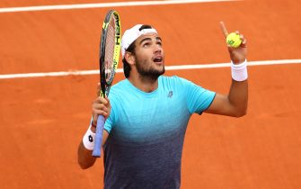 PARIS, FRANCE - JUNE 01:  Matteo Berrettini of Italy celebrates a point during his mens singles third round match against Dominic Thiem of Austria during day six of the 2018 French Open at Roland Garros on June 1, 2018 in Paris, France.  (Photo by Cameron Spencer/Getty Images)