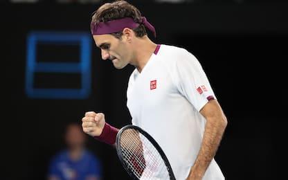 Federer soffre solo un set: quarti a Melbourne