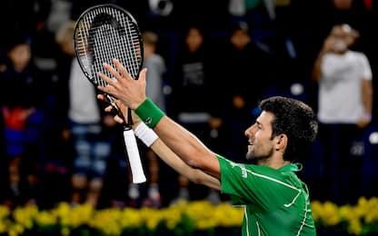 Djokovic si salva con Monfils: finale a Dubai