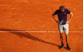 MONTE-CARLO, MONACO - APRIL 18: Alexander Zverev of Germany shows his dejection against Fabio Fognini of Italy in their third round match during day five of the Rolex Monte-Carlo Masters at Monte-Carlo Country Club on April 18, 2019 in Monte-Carlo, Monaco. (Photo by Clive Brunskill/Getty Images)