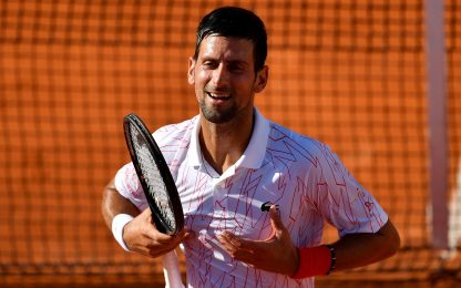 Djokovic sotto accusa: replica su Instagram